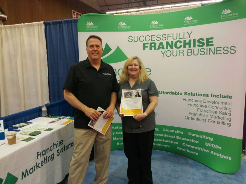 Mark_and_genie_at_expo-61-800-800-80